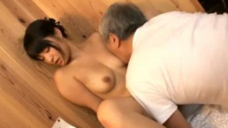 Horny Old Guy Fucks Sexy Japanese Girls – 日本のポルノ
