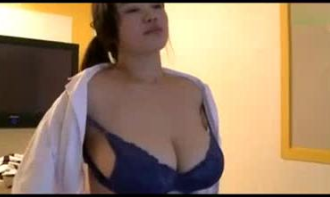 Asian VIP Escort with Big Boobs satisfy her Client
