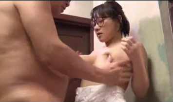 Dad Bursts Nut Inside Daughter Pussy For Late Out