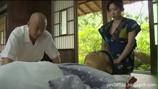 Japanese Housewife Fuck With Husband's Doctor